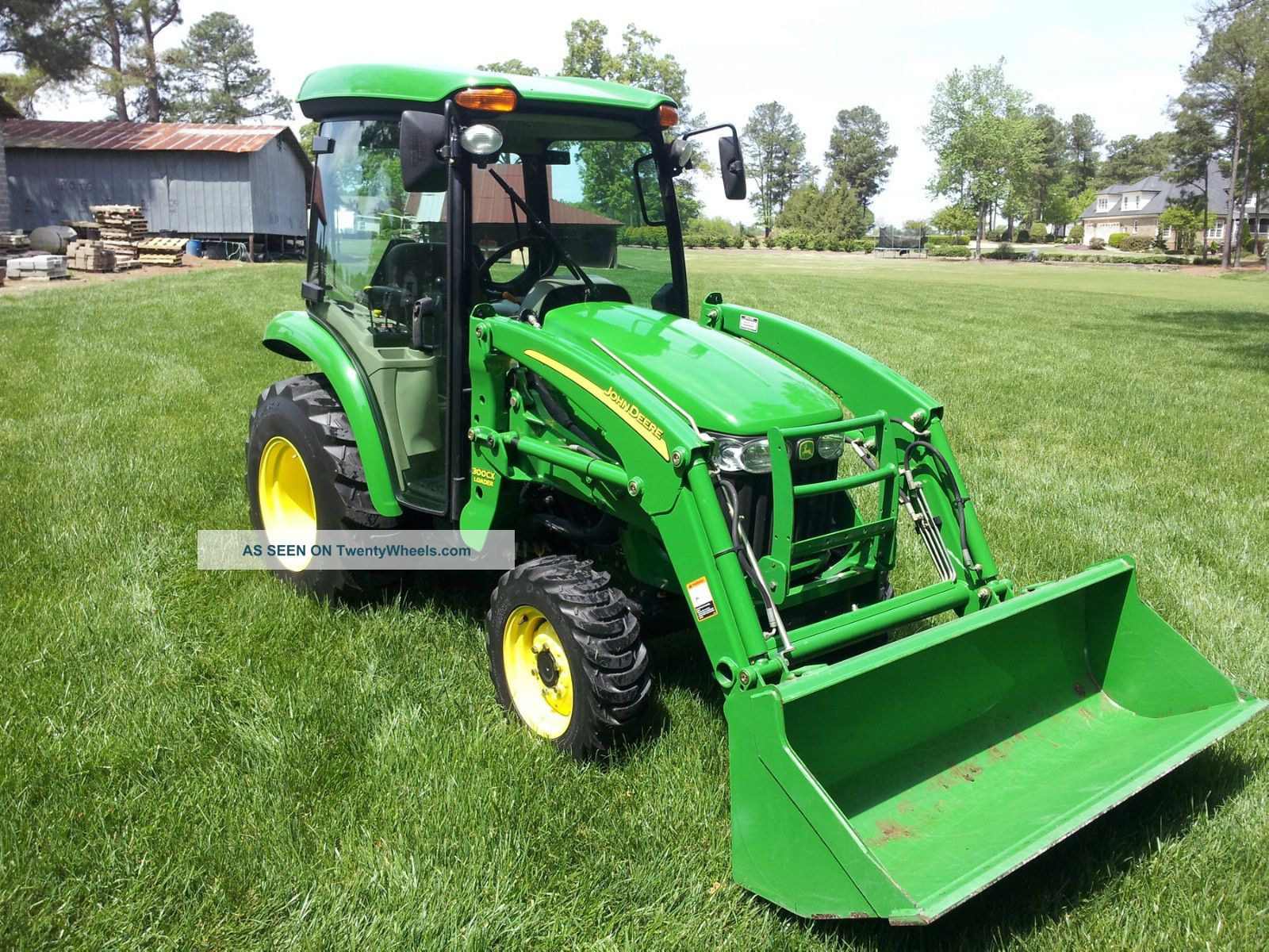 John Deere 3520 Mid Pto 722 Hours Tractors photo