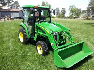 John Deere 3520 Mid Pto 722 Hours photo