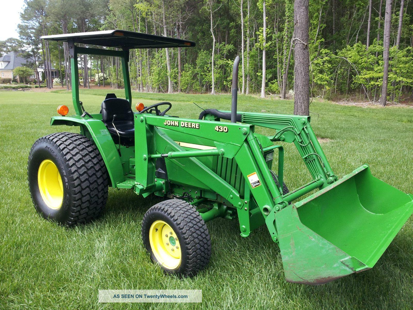 John Deere 990 287 Hours 4x4 Tractors photo