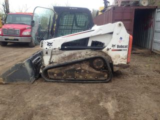 Bobcat T630 Track Skid Steer photo