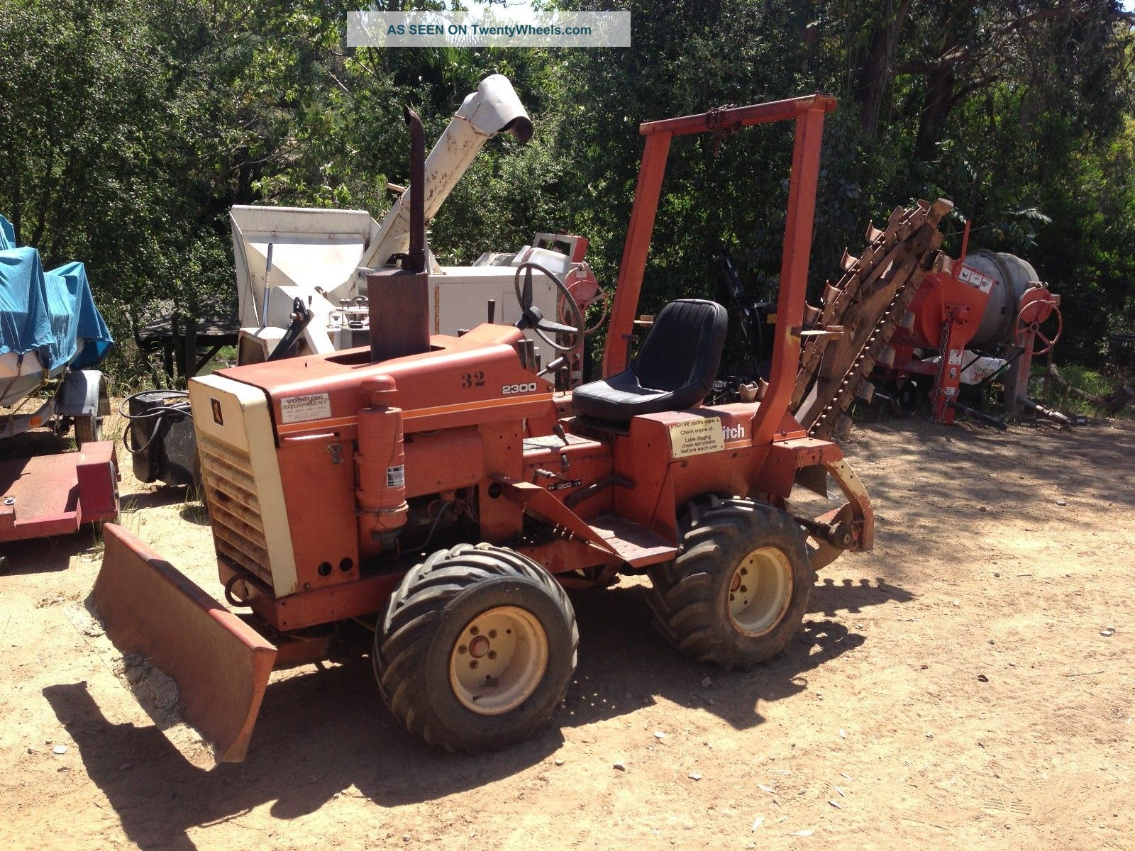 Ditch Witch 2300 Riding Trencher With Angling Blade Trenchers - Riding photo