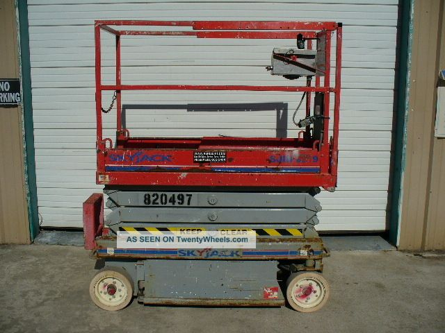 2006 Skyjack Sj - 3219 Aerial Man Scissor Lift Man Boom Personnel Platform Work Nr Lifts photo