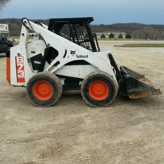 Bobcat 873 Skid Steer Loader photo