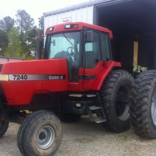 Case International 7240 Tractor.  Cab & Air.  18.  4 - 42 Rubber.  Dauls.  Quick Hitch. photo