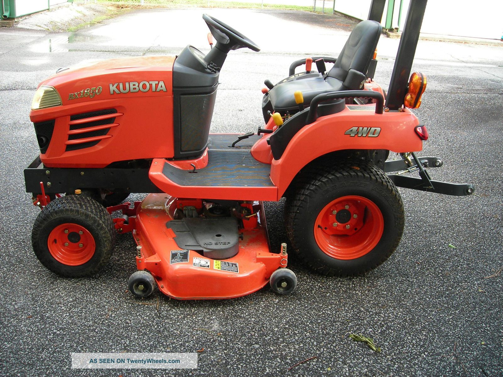 2007 Kubota Bx 1850 4wd Tractor Tractors photo