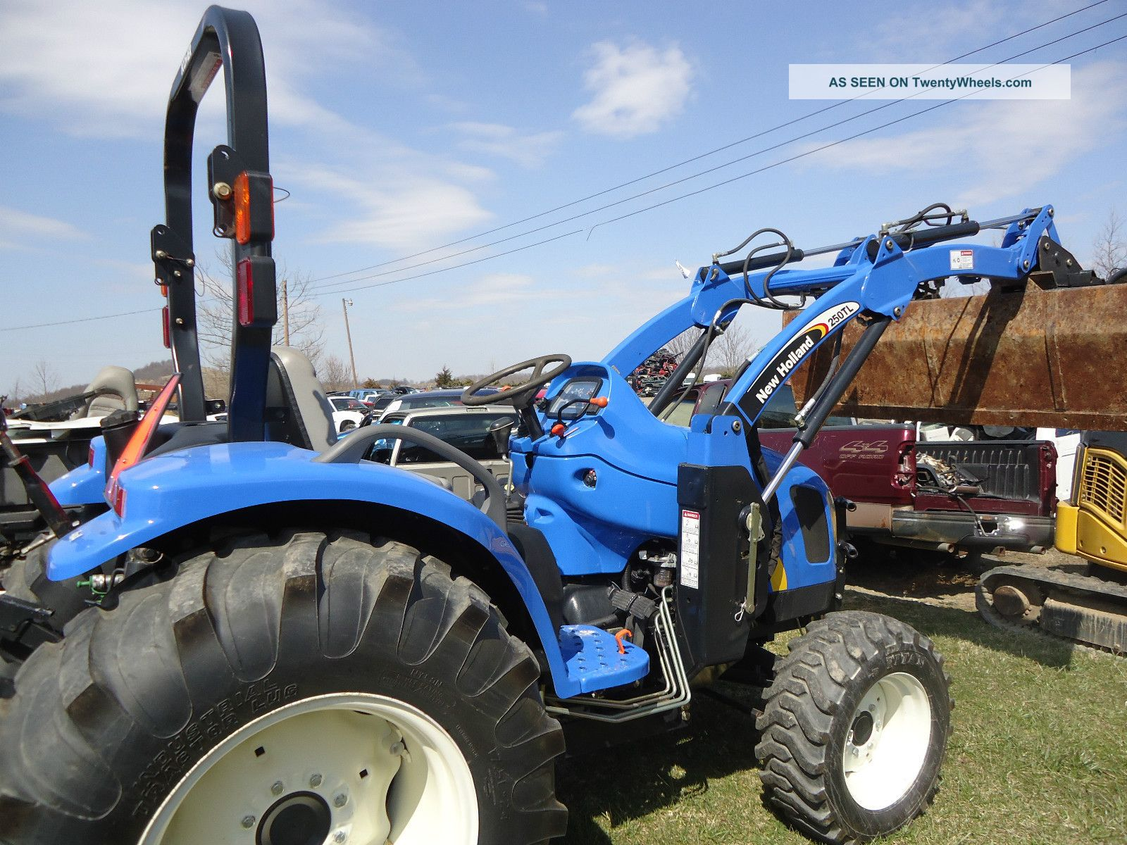 10 - 11 3040 Holland Compact Tractor 600 Hours Low Loader 4x4 Boomer Tractors photo