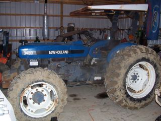 Ford Diesel 3430 Holland Tractor 4x4 (624) photo