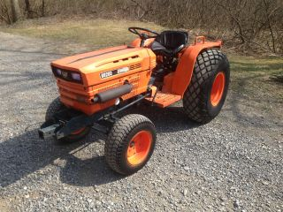 Kubota B8200e Compact Tractor,  Diesel, , photo