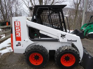 1998 853 Skidsteer Bobcat Loader Skid 4x4 photo