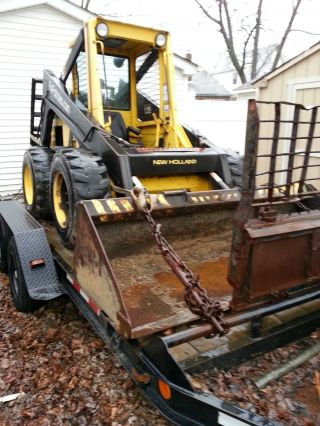 Holland L785 Skid Steer With Bucket & Forks (bob Cat) Ride On Trailer / Gc photo