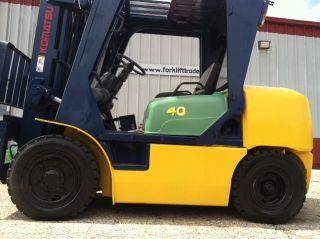 Komatsu Diesel Pneumatic 8000 Lb Fd40zt2 - 7 Forklift Lift Truck photo
