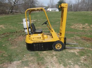 Hyster H256 Fork Lift Fork Truck 3,  000 Lbs 151