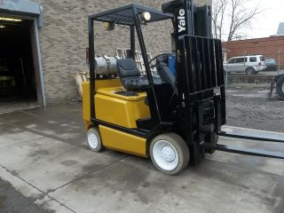 Yale Forklift 5000 Lb 3 Stage Mast Max Lift 189 Glco50 photo