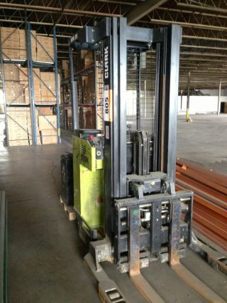 Forklift Clark Narrow Aisle4000lbs Electric 36 Volts Model Npr20 Stock Picker photo