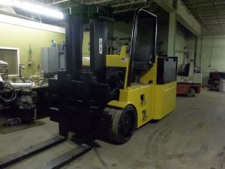Auto Lift 25000 Lb Electric Forklift With Charger photo