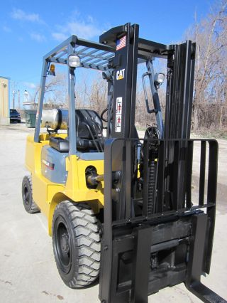Caterpillar Gp35k Pneumatic Forklift Lift Truck Fork,  Hyster Cat photo