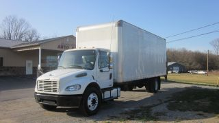 2007 Freightliner M2 photo