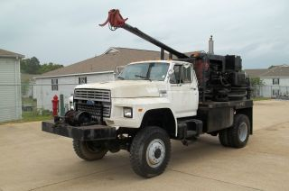 1991 Ford F800 Financing Available photo