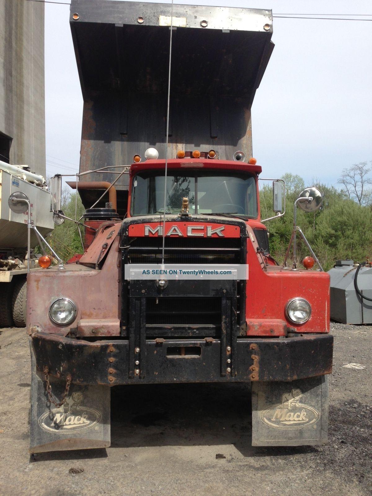 1979 Mack Dm 800