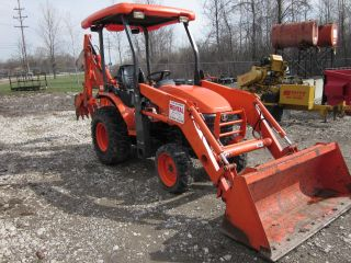 Kubota B - 26 Tlb photo