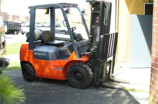 Forklift Toyota Lp - 5000lbs Capacity - photo