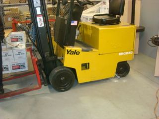 Yale Electric Forklift Erc040bcn36se083 photo