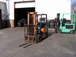 Toyota Propane Powered Forklift photo