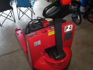 2010 Raymond Electric Pallet Jack photo
