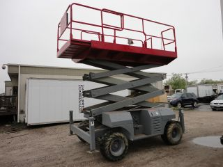 2000 Mec 3391rt Scissor Lift 44 ' Working Height,  3 Cyl.  Gas/lpg Motor,  1154 Hrs. photo