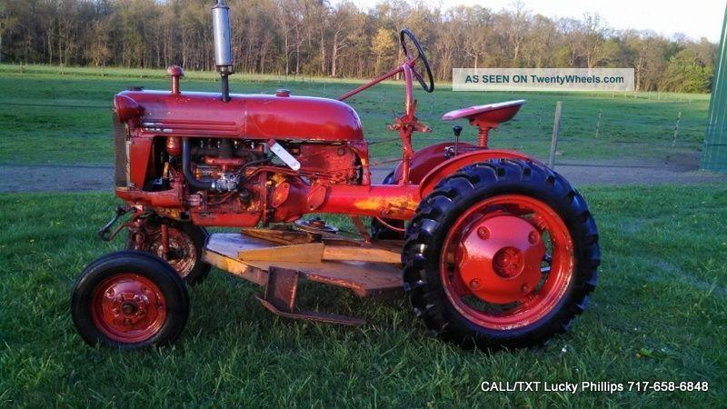 1960 International Tractor : Farmall cub lo boy international tractor ih antique