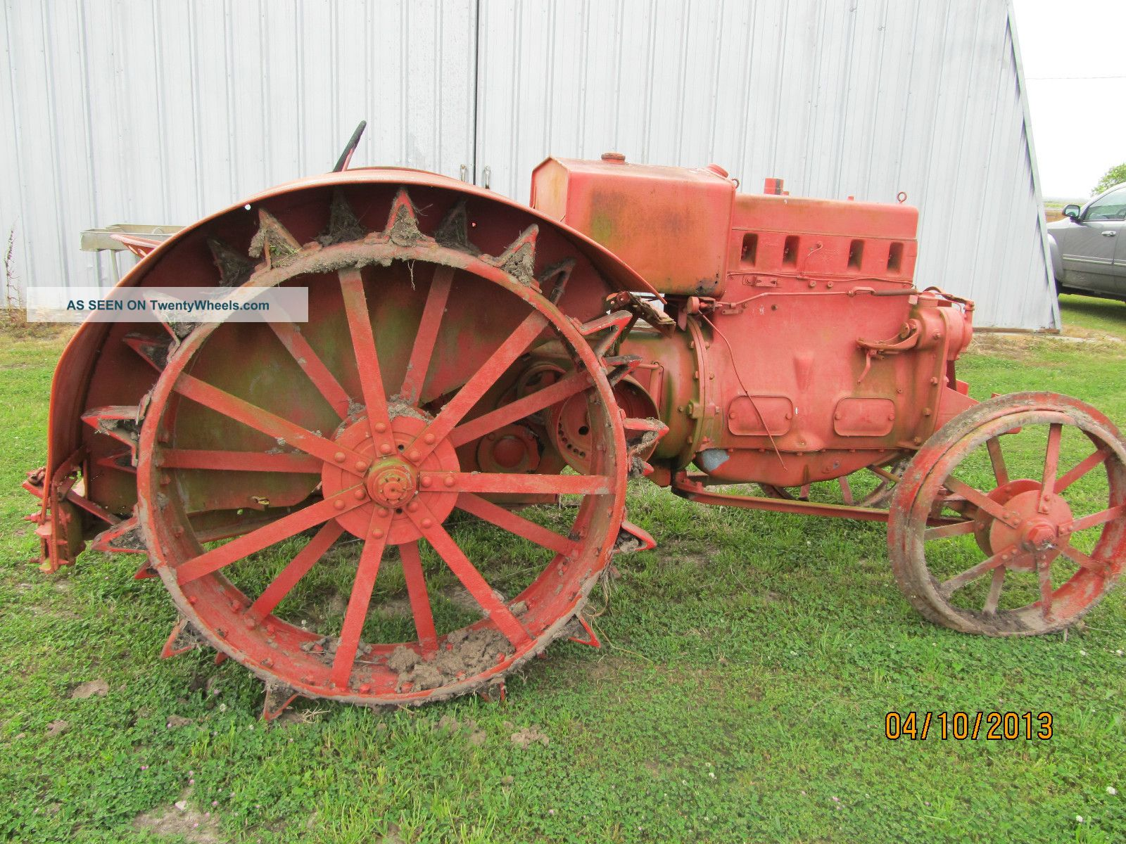 Case Model L Antique Tractor 1930 ' S Vintage Old Farm Equipment 1930 ' S Antique & Vintage Farm Equip photo