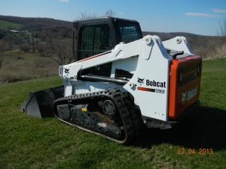 2012 Bobcat T630 Track Skid Steer,  Only 27 Hours photo
