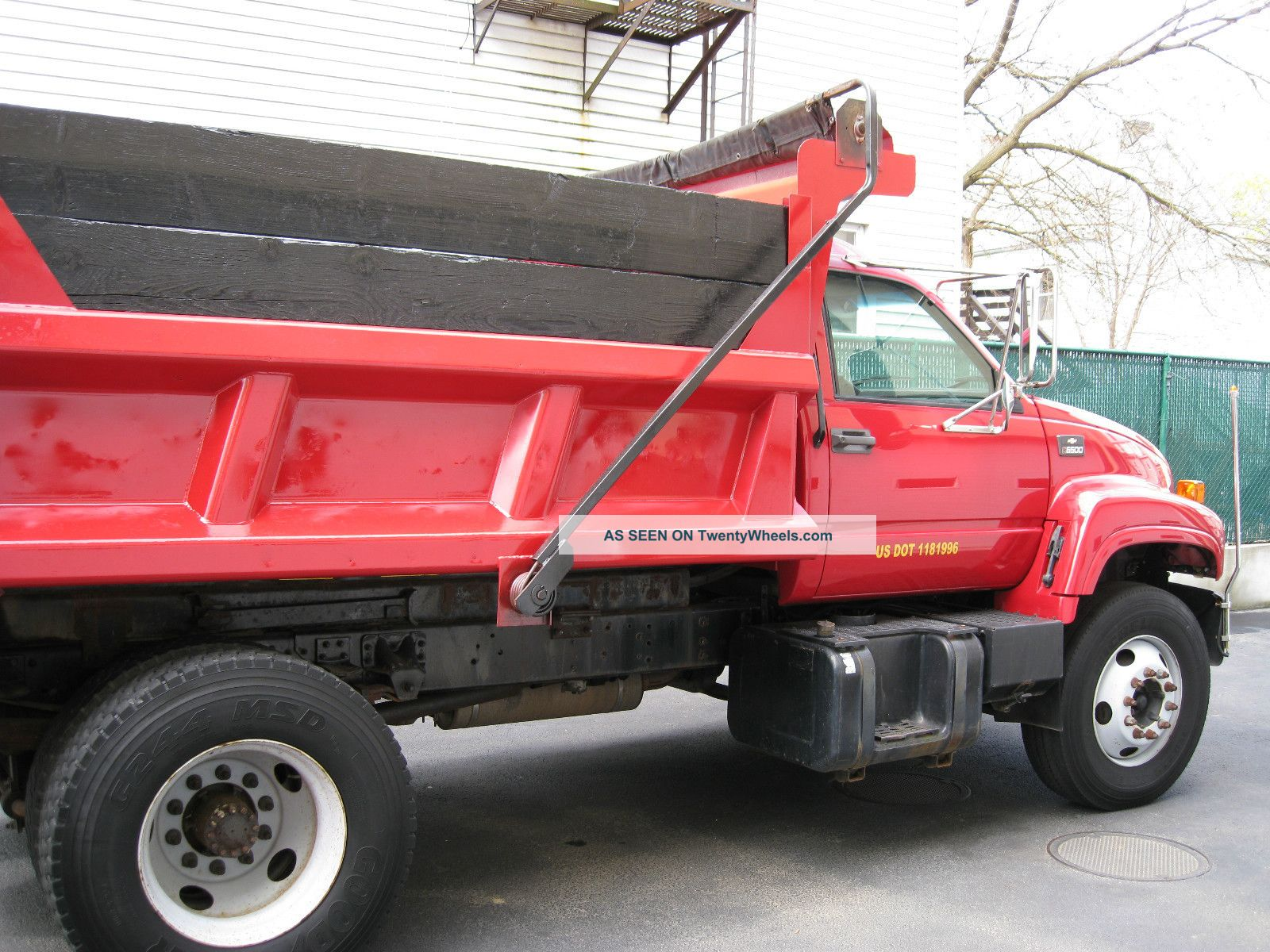2000 chevrolet heavy duty dump truck c6500. Black Bedroom Furniture Sets. Home Design Ideas