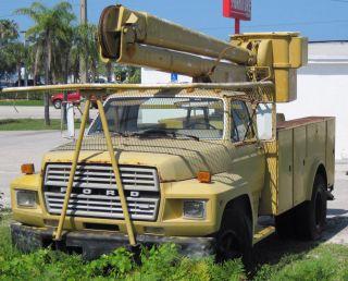 1983 Ford Bucket Truck Diesel photo