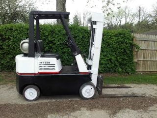 Hyster S60e Forklift photo