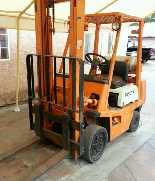 Toyota Forklift 4000 Lbs photo