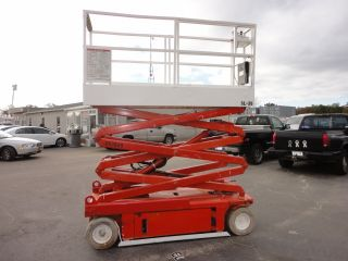 Snokel Model (sl - 20) 20 ' Scissor Lift 251 Hrs.  52549 photo
