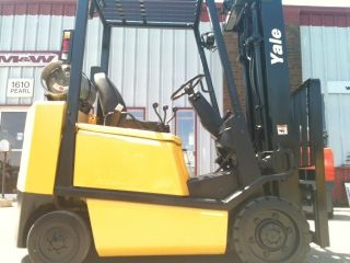 2004 Yale Cushion 5000 Lb Glc050 Forklift photo