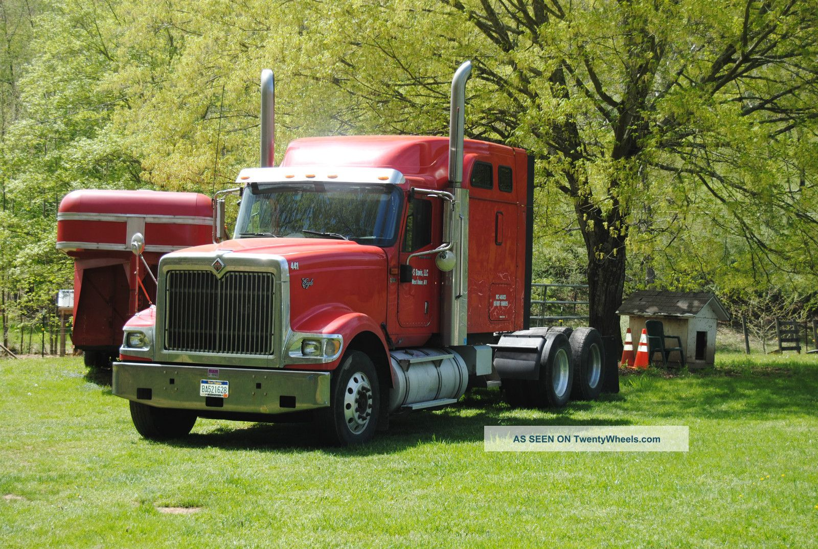 2006 International 9900i Sleeper Semi Trucks photo