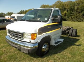 2006 Ford E450 Duty photo