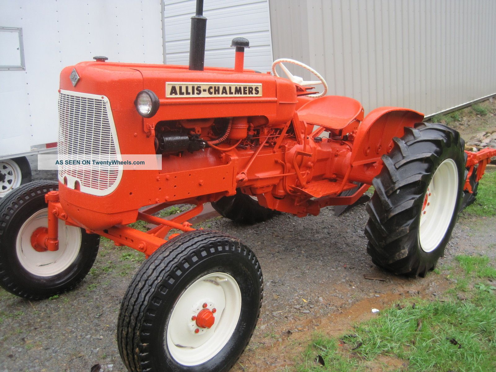 Allis Chalmers D15 Wide Front Tractors photo