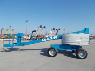 2004 Genie S40 Aerial Manlift Boom Lift Man Boomlift Painted 40 Foot Lift Height photo