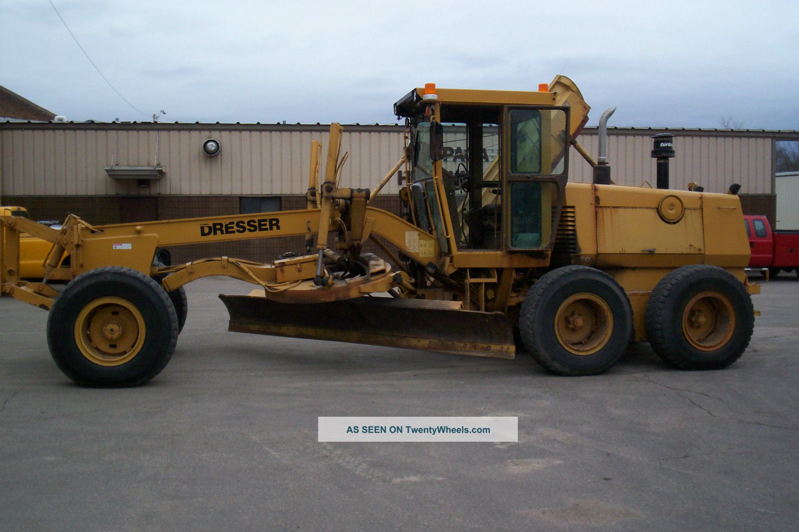 1992 Dressor Model 870 Motor Grader W/plow Wing Graders photo
