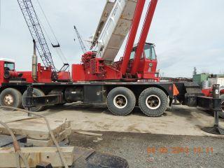 65 Ton Grove Tms865 Hydraulic Truck Crane.  Grove Truck Crane.  4 Axle Carrier, photo