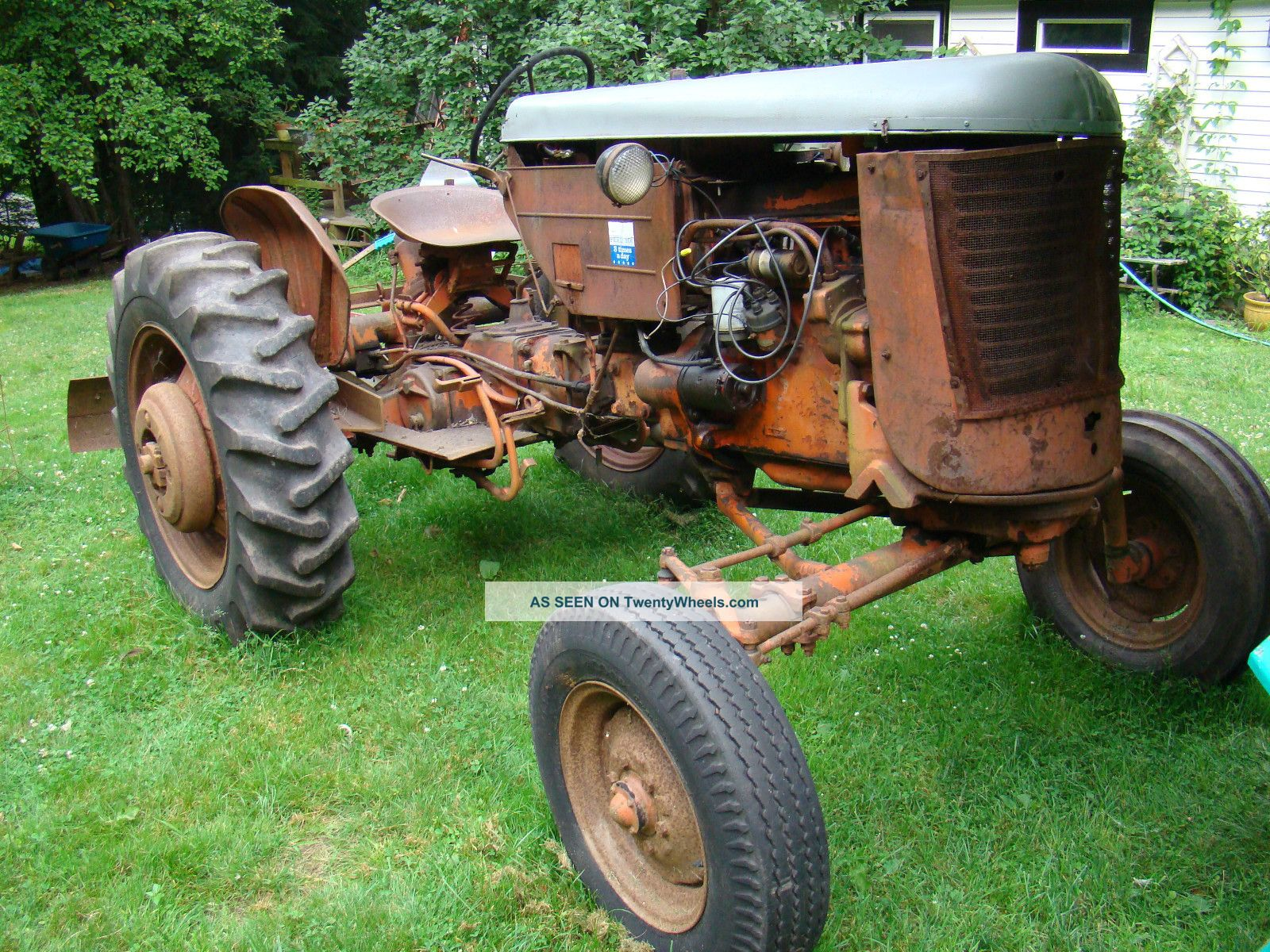 Case Vac Plowing : Case vac farm tractor runs wide front w tail plow