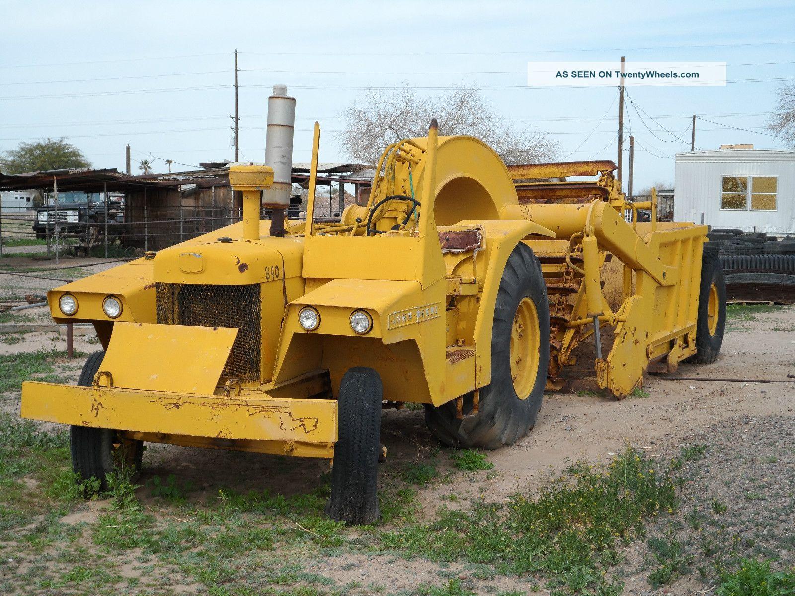 Old Heavy Equipment : John deere scraper