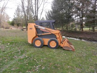 Case 410 Skidsteer Loader W/ 900 Hrs,  Auxiliary Hydraulics & 60