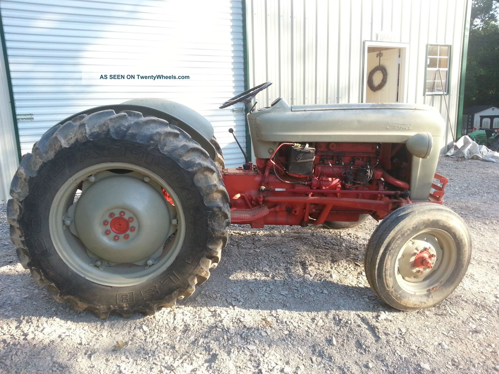 Ford 600 Tractor Serial Number : Ford jubilee tractor serial number location