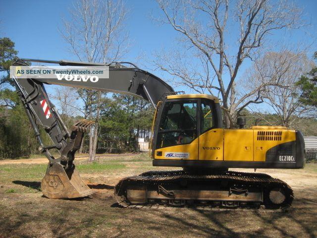 2007 Volvo Ec210cl W/ Hydraulic Thumb Only 2800 Hours Excavators photo