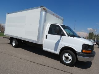 2005 Gmc Savana Express 3500 Delivery Moving Van Serviced photo